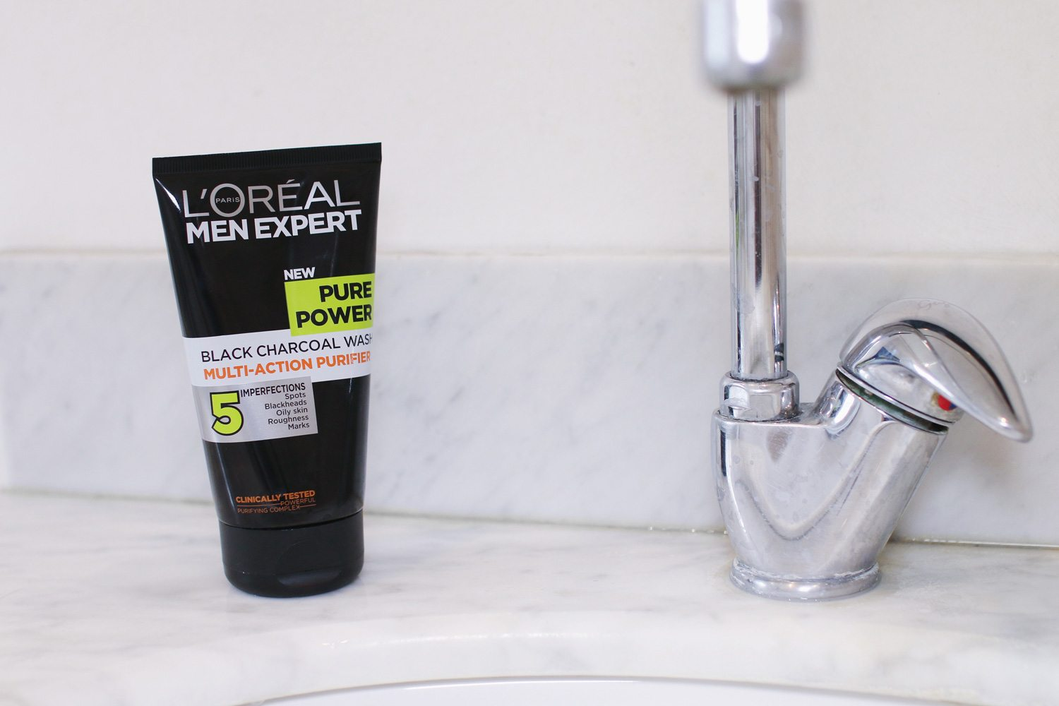 loreal-pure-power-charcoal-face-wash-man-for-himself