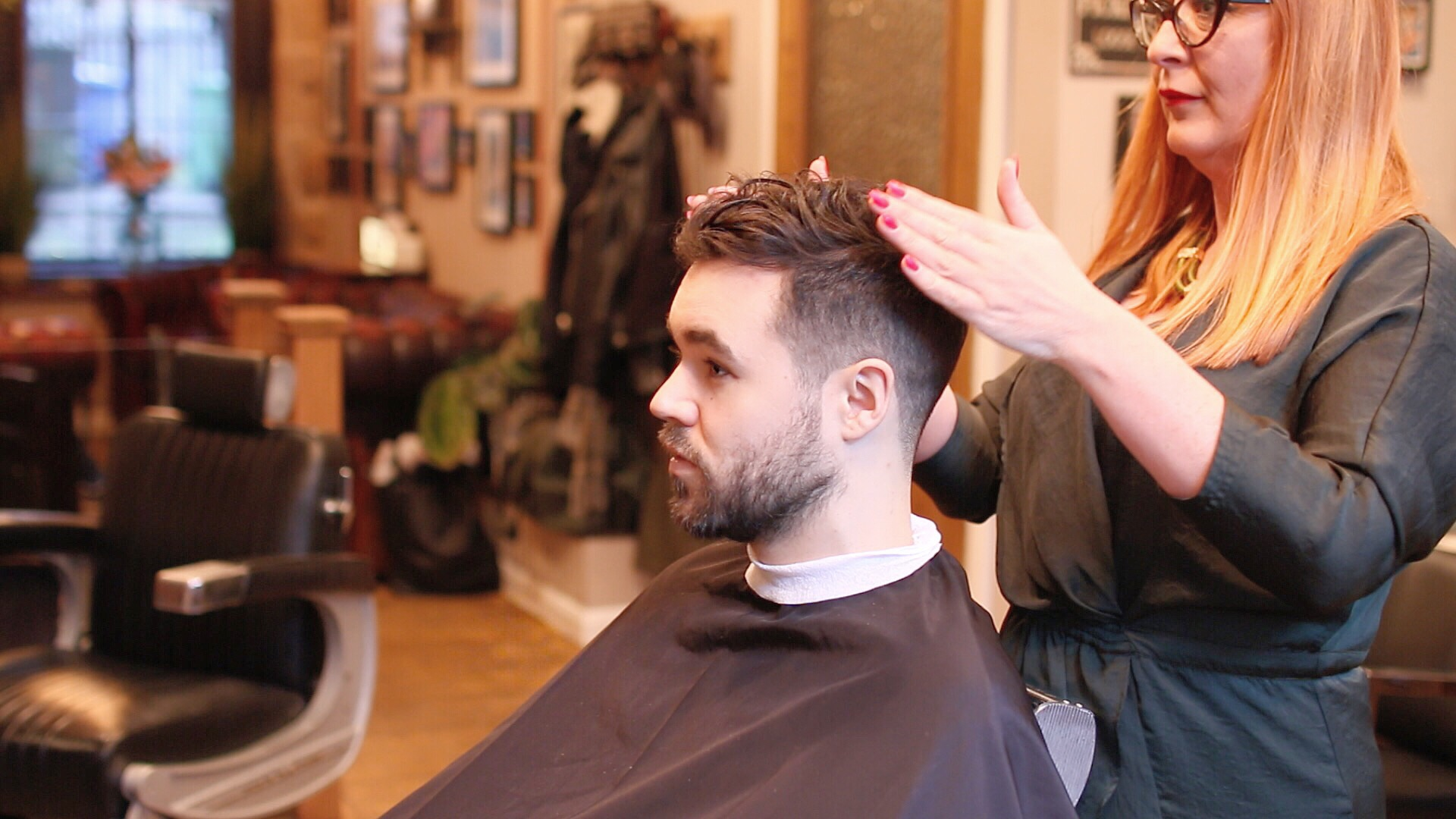 Mens-Curly-Hair-Fade-Haircut-how-to